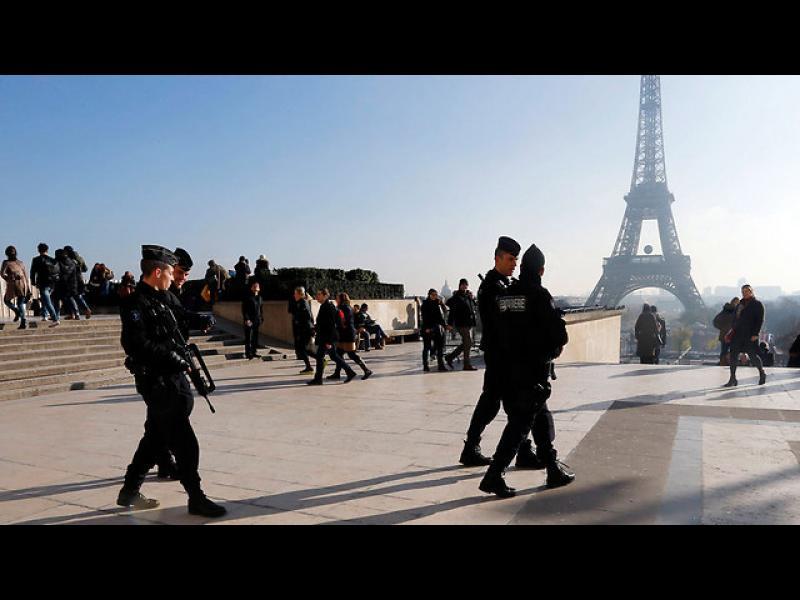 Le Parisen: Полицаи от мюсюлмански произход призовават да се убиват евреи - картинка 1