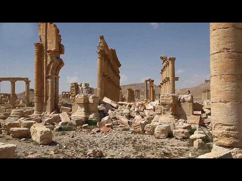 Археолози: Сърцата ни болят, като  гледаме Палмира