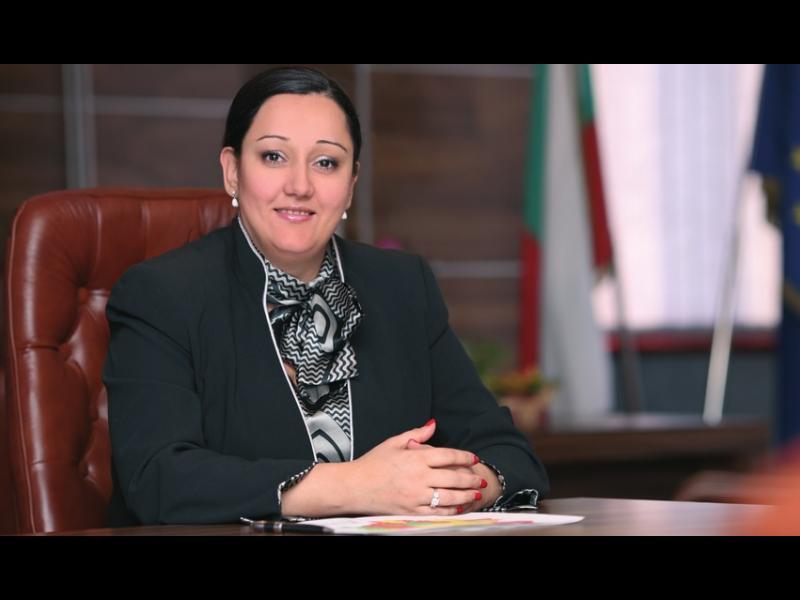 Лиляна Павлова: С тол таксите очакваме приходите в бюджета да скочат двойно - картинка 1