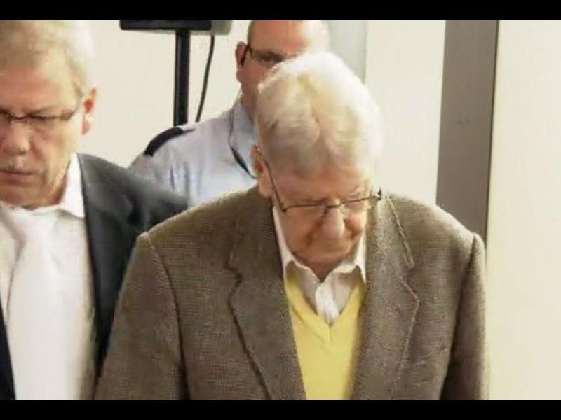 /ВИДЕО/94-годишен нацист на съд в Германия - картинка 1