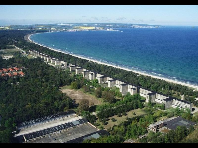 Хотел с 10 000 стаи и нито един посетител