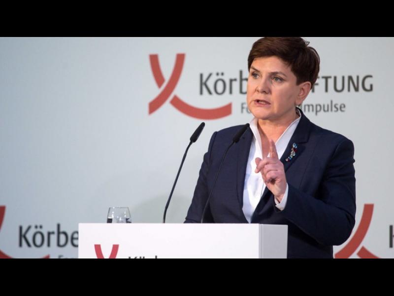 """Полша: """"Трябва незабавен обрат в миграционната политика на Меркел"""" - картинка 1"""