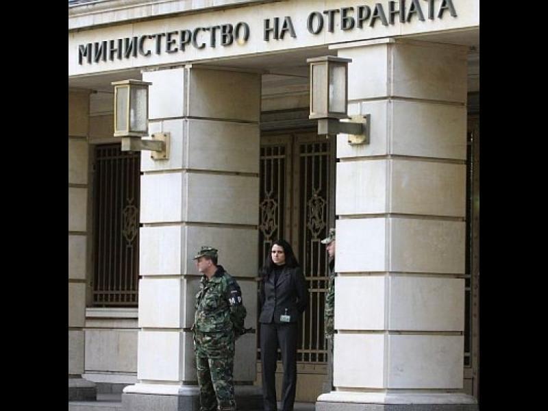 """Българската армия се учи как се води """"хибридна война"""""""