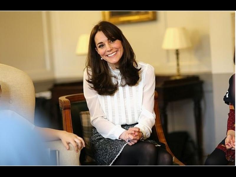 /СНИМКИ/Херцогиня Катрин се изяви като редактор в Хъфингтън пост