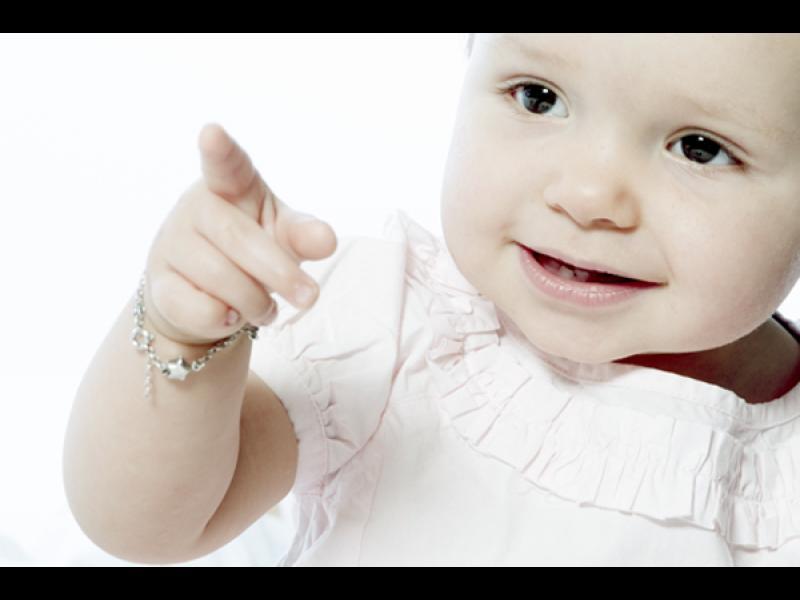 Кога бебето почва да помни?