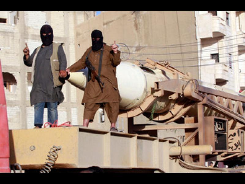 В Париж и Брюксел издирват още заподозрени от Ислямска държава - картинка 1