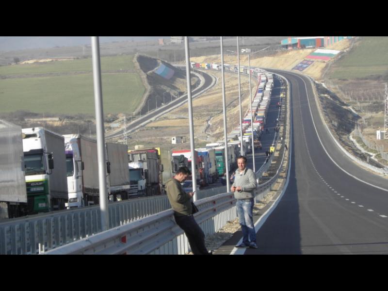 Миролюб Столарски пред No Comment: Над 15 мил. eвро са щетите от блокадата на границата - картинка 1