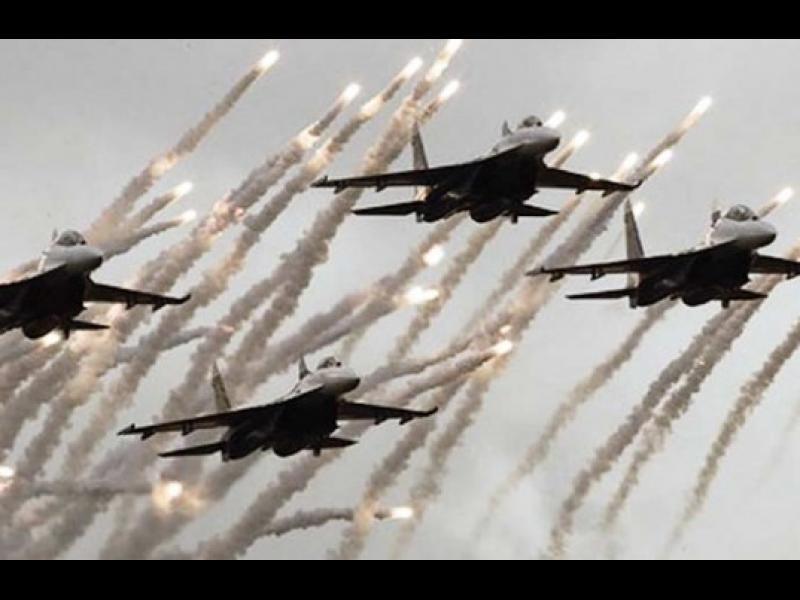 Турската армия бомбардира райони в Северна Сирия - картинка 1