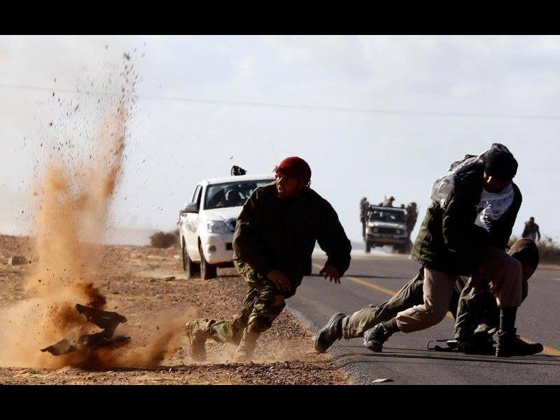"""САЩ бомбардираха лагер на """"Ислямска държава"""" в Либия - картинка 1"""
