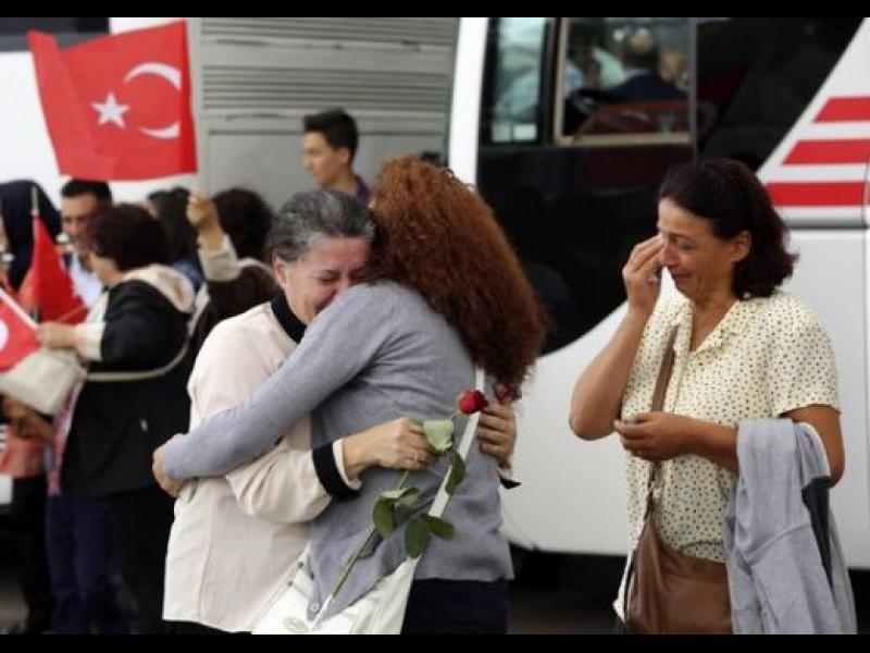ПКК освободи тримата журналисти заложници - картинка 1