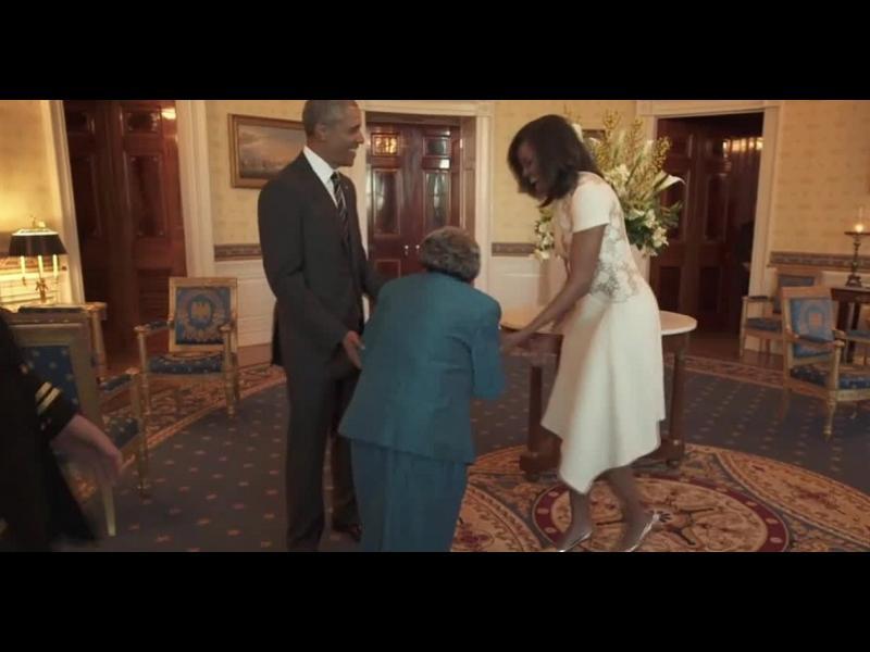 /ВИДЕО/Обама танцува със столетница - картинка 1