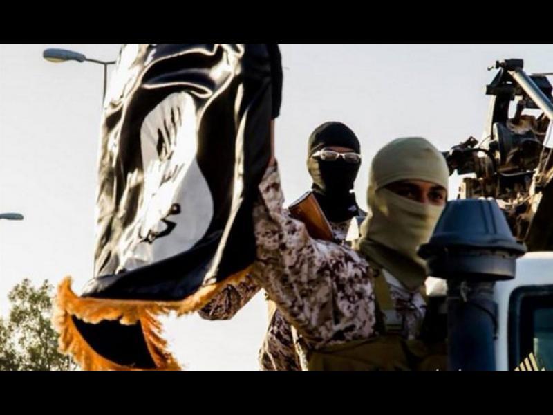 """Франция води """"тайна война"""" в Либия"""
