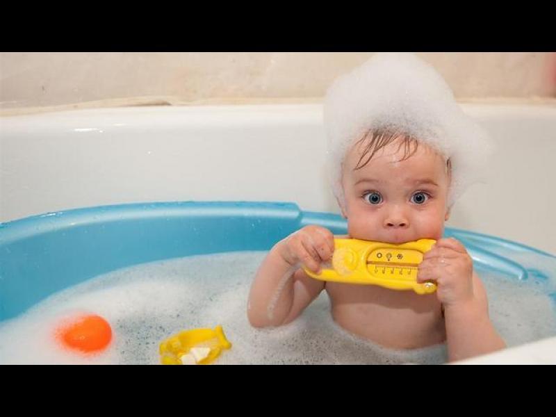 Не се чудете, къпете бебето всеки ден - картинка 1