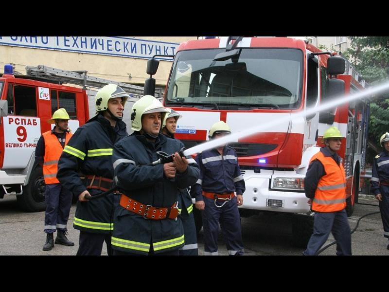 Пожарникари готвят протест срещу реформата - картинка 1