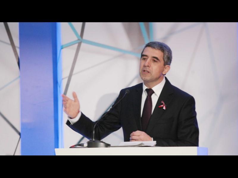 Плевнелиев: Нямаме нужда от баланс на Изток