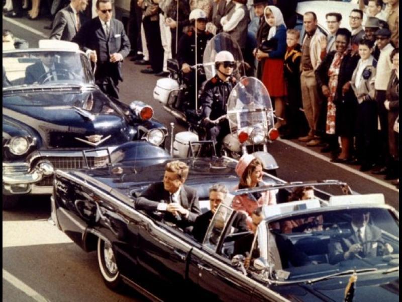 /СНИМКИ/ Конспирации за смъртта на Кенеди - картинка 1