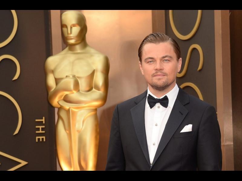 /ВИДЕО/ Ди Каприо забрави Оскара си в заведение - картинка 1