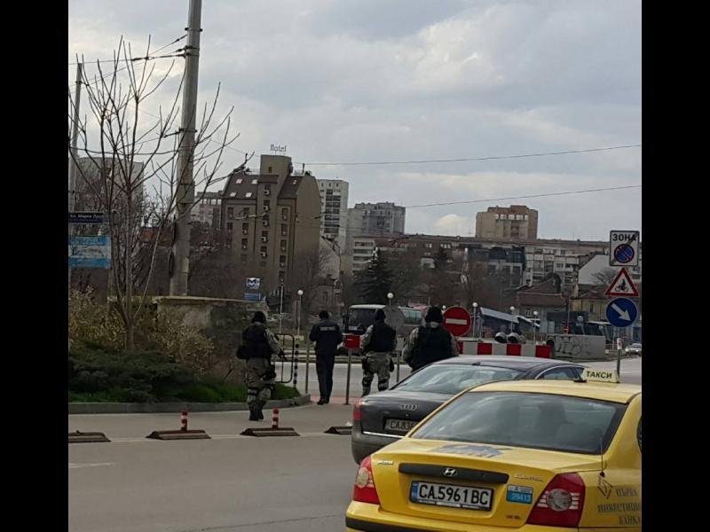 ИЗВЪНРЕДНО! Спецченгета на Централна автогара в София - картинка 1