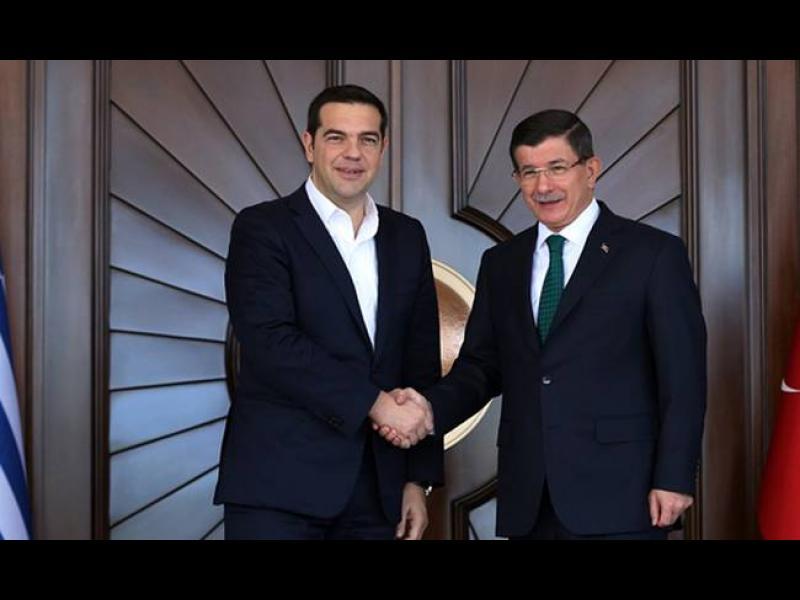 Давутоглу и Ципрас се разбраха за бежанците - картинка 1