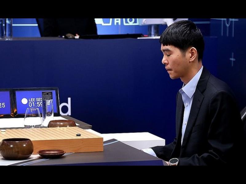 Изкуствен интелект на Google победи шампиона по Го в първата от пет игри - картинка 1