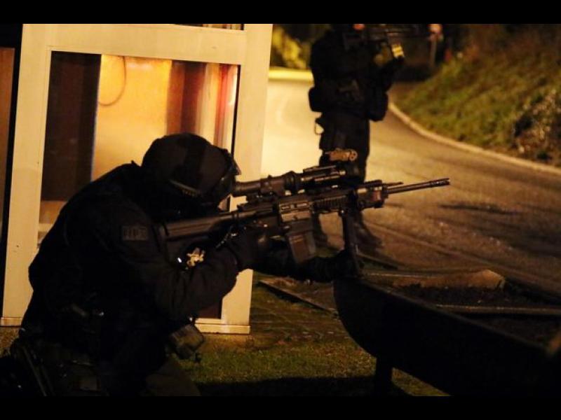 Френската полиция осуети терористичен акт в Париж - картинка 1