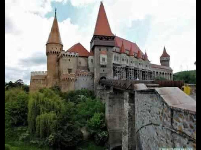 Продават замъка на Дракула - картинка 1