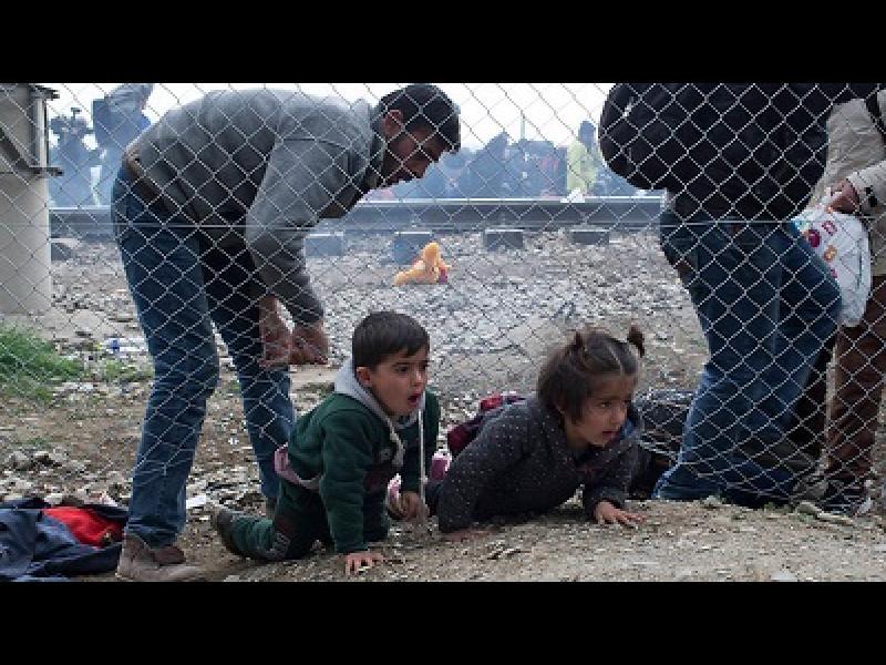Бежанската заплаха: ЕК обмисля нова помощ за България - картинка 1