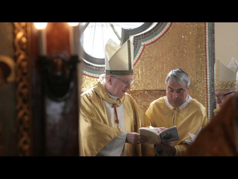 Държавният секретар на папа Франциск освещава църква у нас - картинка 1