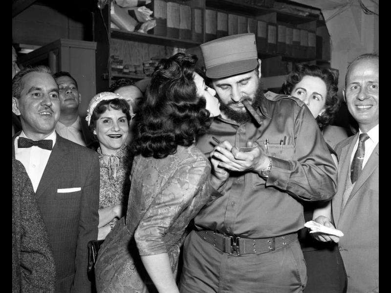 /СНИМКИ/ Фидел Кастро като рок звезда в САЩ - картинка 1