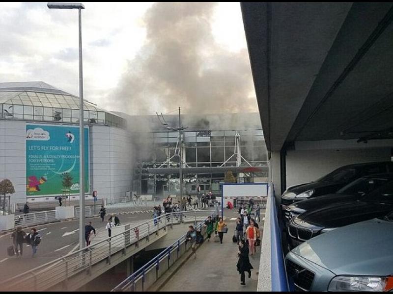 /ОБНОВЕНА/ Два взрива на летището в Брюксел, жертви са 17 и десетки ранени - картинка 1