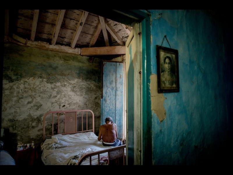 /ФИЛМ+СНИМКИ/ Неопитомената Куба - картинка 1