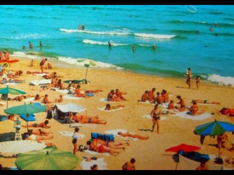 /СНИМКИ/ Плажовете на България преди и сега - картинка 1