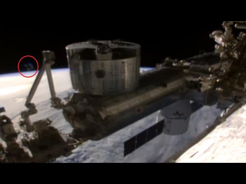 Уфолози: НАСА крие за записи на извънземни на МКС