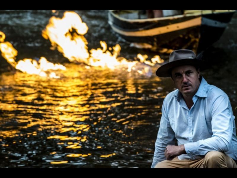 Политик от Австралия подпали река! - картинка 1
