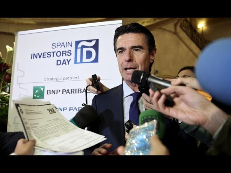Панамагейт: Испанският министър на индустрията се раздели с поста си - картинка 1