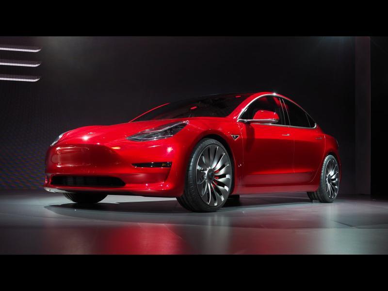 Дочакахме! Tesla представи масовия Model 3 - картинка 6