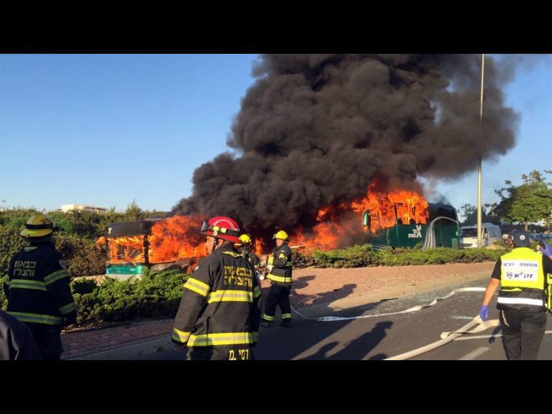 (OБНОВЕНА)Експлозия в автобус в Ерусалим - картинка 1