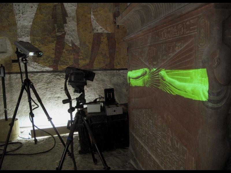 Последното сканиране на гробницата на Тутанкамон започва
