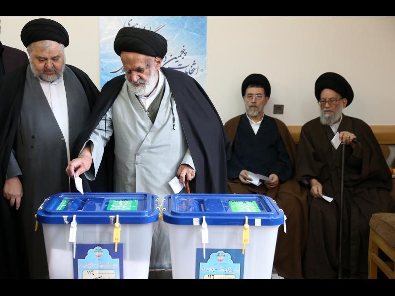 Партиите съюзници на Хасан Рохани печелят на изборите в Иран - картинка 1