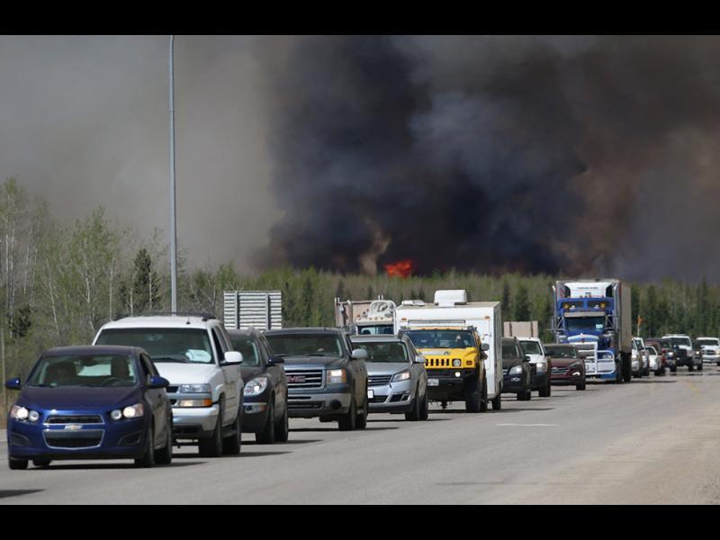 Горският пожар в Канада продължава да се разраства - картинка 1