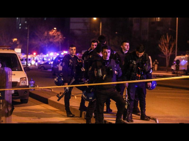 Четирима ранени при атентат в Истанбул - картинка 1