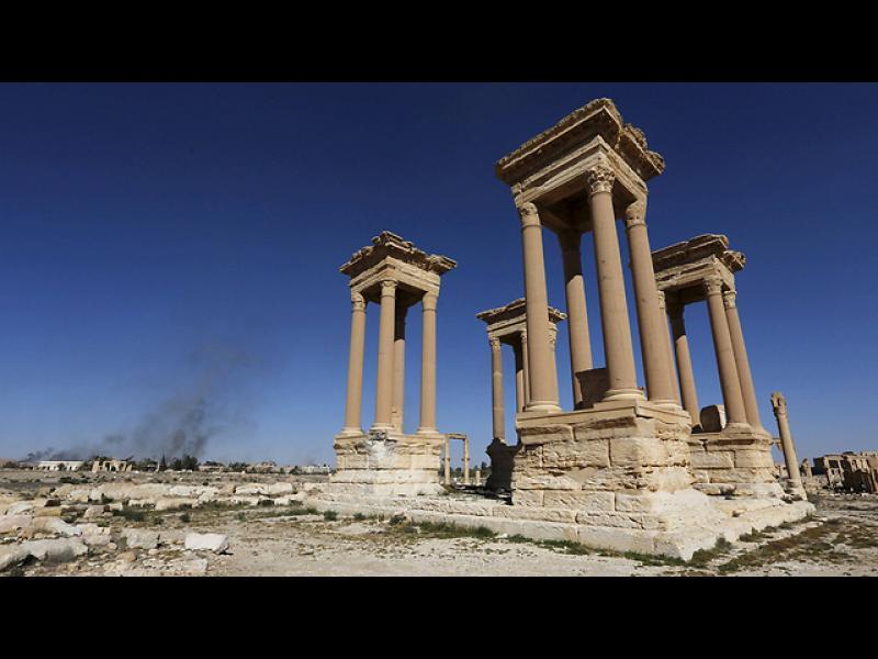 """""""Ислямска държава"""" предизвика земетресение в Палмира - картинка 1"""