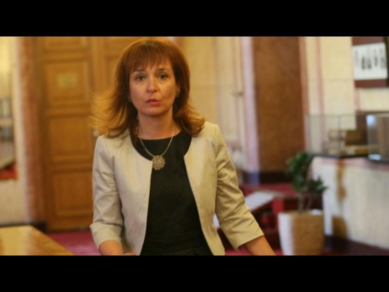 Новият социален министър започна с рокади и уволнения - картинка 1
