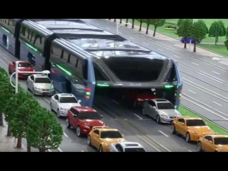 Ще борят задръстванията в Китай с автобус с 1400 места - картинка 1