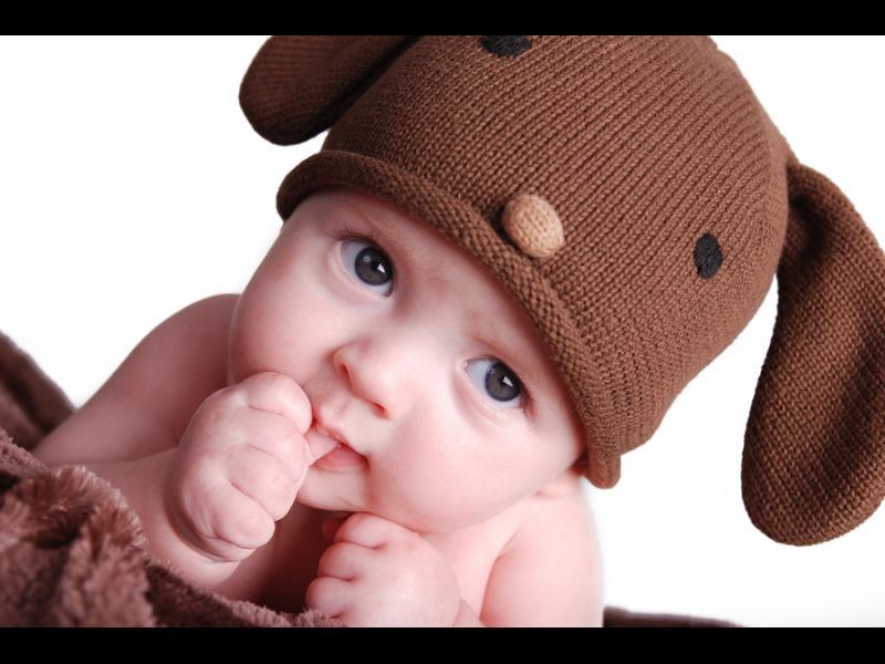 Как да откажем детето от смукането на пръстчето? - картинка 1