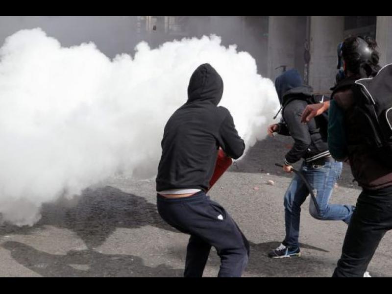 10 хил. гърци се надигнаха срещу парламента - картинка 1