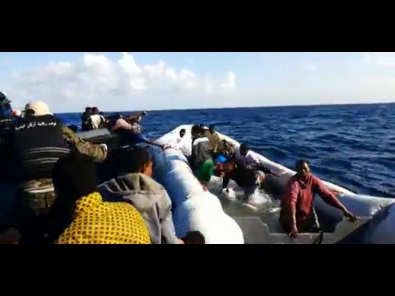 Терористи ползват бежанския поток през Либия за прехвърляне в Европа - картинка 1