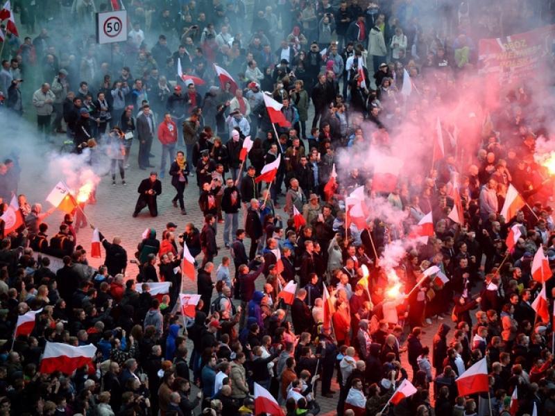 Извънредно!Полша в най-големият протест след 89 година! - картинка 1