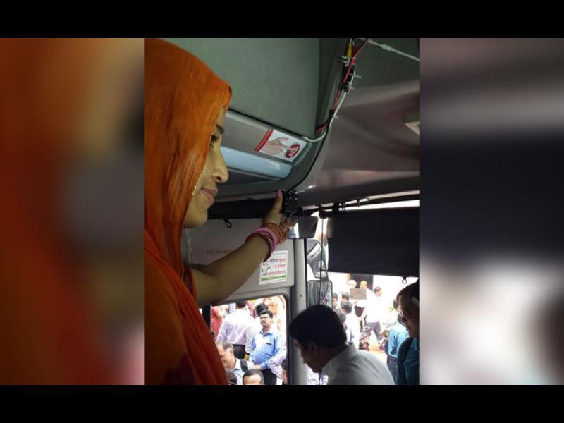 Индия: Паник бутон във всеки автобус заради вълната от изнасилвания - картинка 2