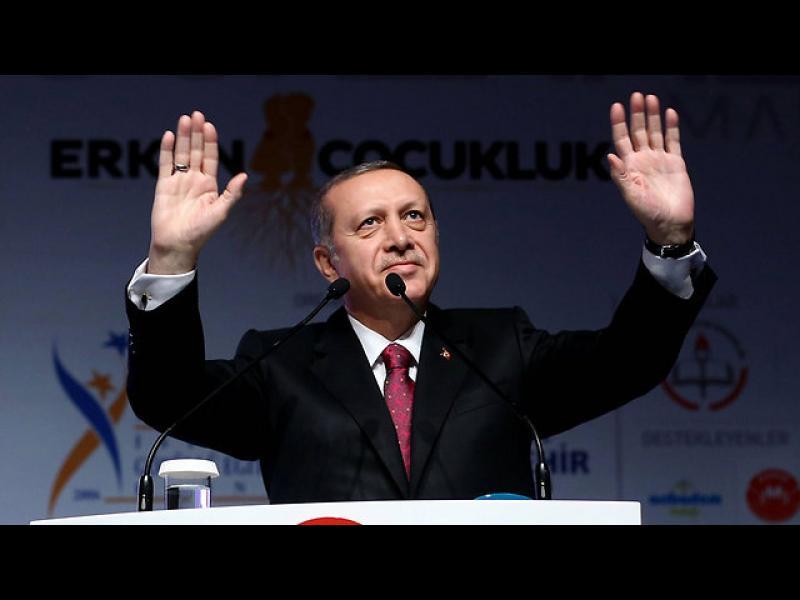 Ердоган избухна: ЕС се грижи за гейовете и кучетата, но не и за бежанците! - картинка 1